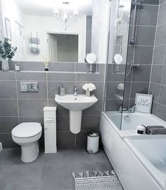 Amazing DIY Bathroom Ideas, Bathroom Decor, Bathroom Remodel and Bathroom Projects to simply help inspire your master bathroom dreams and goals. Bathtub Remodel, Diy Bathroom Remodel, Shower Remodel, Bathroom Renovations, Bathroom Interior, Modern Bathroom, Restroom Remodel, Minimal Bathroom, My New Room