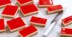 This pretty jelly slice by taste member, is perfect for morning or afternoon tea. Jelly Cheesecake, Cheesecake Toppings, Jelly Cake, No Bake Slices, Cake Slices, Peppermint Slice, Jelly Slice, Buttery Biscuits, Classic Desserts
