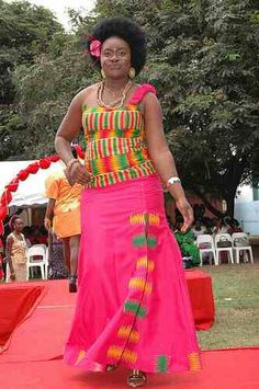 Pink Kente Dress #AfricaFashionLongDress #AfricanPrints#ankara #AfricanStyle #AfricanInspired #StyleAfrica #AfricanBeauty #AfricanFashion #AfricaInFashion