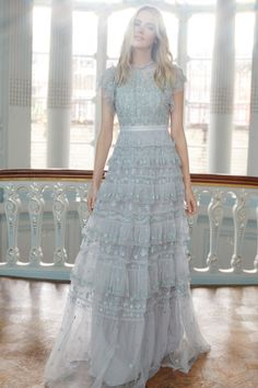 Get inspired and discover Needle & Thread trunkshow! Shop the latest Needle & Thread collection at Moda Operandi. Lovely Dresses, Beautiful Outfits, Vintage Dresses, Romantic Dresses, Fashion Vestidos, Fashion Dresses, Grad Dresses, Bridesmaid Dresses, Dress Plus Size