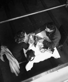 """"""" Vivian Maier, New York (1950s). http://www.vivianmaier.com/ """""""