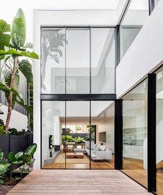 The architect uses two structures to design Cloud House. These structures are interconnected by the internal courtyard of the house on the ground level and there is also an open walkway on the upper l Exterior Design, Interior And Exterior, Internal Courtyard, Interior Design Awards, Interior Architecture, Residential Interior Design, Australian Architecture, Futuristic Architecture, Decoration