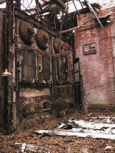 Boiler_Room by wesleybdingus, via Flickr