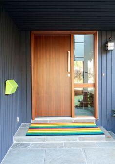 House Exterior Remodel Split Level Ideas For 2020 Design Exterior, House Paint Exterior, Modern Exterior, Interior Exterior, Door Design, House Design, Exterior Siding, Interior Door, Up House