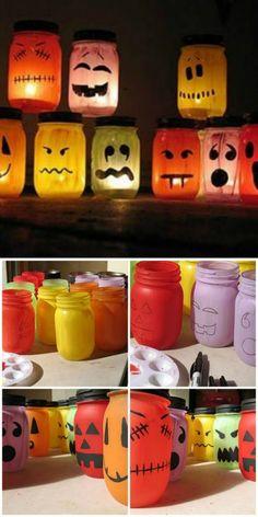 - Bottle Crafts - Fabriquer des lanternes d'Halloween Make Halloween lanterns. Halloween Jars, Halloween Crafts For Toddlers, Easy Halloween Decorations, Halloween Snacks, Holidays Halloween, Mason Jar Diy, Creations, Bottle Crafts, Lifestyle