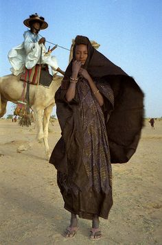 nostalgerie:  1997 #273-30A Wodaabe woman by Dan Lundberg on...