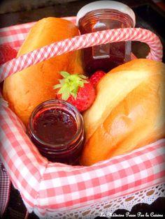 La confiture de tante Huguette C'est Bon, Cantaloupe, Ethnic Recipes, Food, Fruit Tart, Morning Breakfast, Kitchens, Grout, Preserves