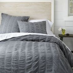 parachute gray duvet - GREAT texture, would the cats tear it up though??