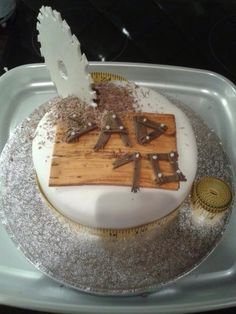 1000 Images About Carpenter Cakes On Pinterest Tool