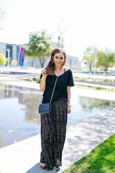 boho chic   maxi dress   black front knot t-shirt   www.jasmineelias.com