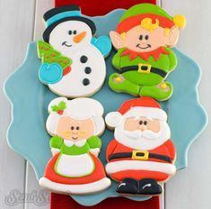 This elf body cookie cutter is perfect for any winter and Christmas celebration. Enhance the presentation with coordinating, printable gift tags from Owl House Co. The elf cookies shown fit perfectly in these single cookie 4 Cookies Box, Snowman Cookies, Cupcake Cookies, Cupcakes, Christmas Cookie Cutters, Christmas Sugar Cookies, Christmas Baking, Christmas Biscuits, Christmas Clay