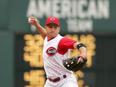 Former MLB player Ryan Freel reportedly commits suicide days before Christmas. http://www.examiner.com/article/baseball-player-ryan-freel-dead-from-apparent-suicide