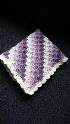 Crochet babyblanket c2c :) C2c, Beanie, Crochet, Hats, Hat, Ganchillo, Beanies, Crocheting, Knits