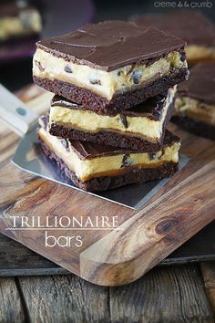 Trillionaire Bars - Creme de la Crumb _ Oh my word do I have a treat for you. Caution: do not eat if you can't handle incredibly RICH decadent desserts! Best Chocolate Desserts, Just Desserts, Delicious Desserts, Yummy Food, Delicious Chocolate, Chocolate Bars, Chocolate Lovers, Chocolate Chips, Dessert Bars