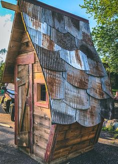 Crooked Creations by Barntiques Custom Cool Tree Houses, Fairy Houses, Dog Houses, Play Houses, Shed Playhouse, Crooked House, Backyard Buildings, Tree House Designs, Storybook Cottage