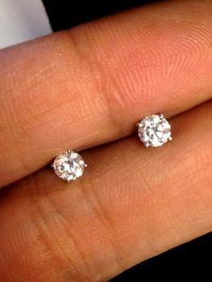 0.71ctw F G VS2 Certified Round Diamond Studs Earrings 14k White Gold