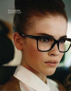 Não vou sair assim: Oculos de grau estilosos