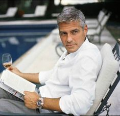 George Clooney reads