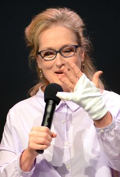 Oh dear! Meryl Streep shows of her bandaged hand during a Meet the Filmmakers Q with Tommy Lee Jones, Steve Carell and David Frankel for their new film Hope Springs at the Apple Store Soho, NYC, August 5, 2012.