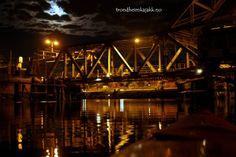 #Skansen bridge #kayak #night