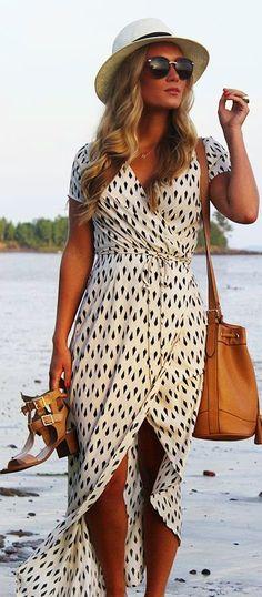 Gorgeous summer flowy long dress fashion
