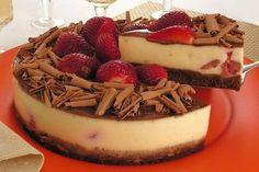 Torta de Morango com Chocolate (EM VEZ DE BISCOITOS MAIZENA USE BISCOITOS SEM GLUTEN)