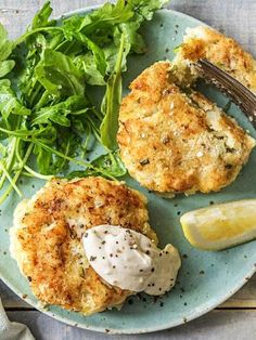10 Most Misleading Foods That We Imagined Were Being Nutritious! Easy Diy Creamy Potato Cod Cakes With Green Salad And Lemon Aioli More Seafood Recipes On Cod Recipes, Potato Recipes, Fish Recipes, Seafood Recipes, Seafood Dishes, Recipies, Cod Fish Cakes, Cod Cakes, Salmon Cakes