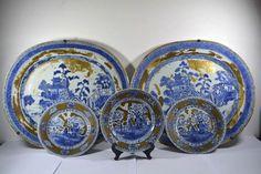 Online veilinghuis Catawiki: Porselein servies collectie van 2 schalen en 3 borden - China - 18e eeuw (Qianlong)