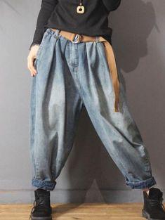 Vintage Denim Loose Elastic Waist Bloomers Pants in 2020 Harem Trousers, Trouser Jeans, Denim Pants, Cotton Harem Pants, Vintage Jeans, Jeans Material, Look Jean, Urban Looks, Plus Size Vintage