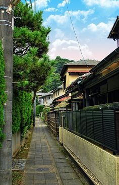 Kamakura alleyway