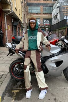 Mens – Jaded London Stylish Mens Outfits, Casual Outfits, Mode Streetwear, Mens Streetwear Fashion, Streetwear Clothing, Streetwear Jackets, Designer Streetwear, Fashion Menswear, Fashion Fashion