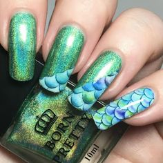 A Certain Becca Nails: Green Holographic Mermaid Mani (Born Pretty Store Review)