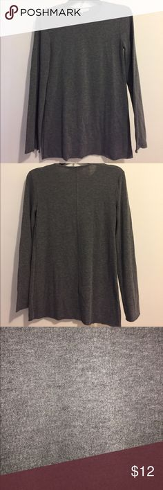 Philosophy Long Sleeve Top Philosophy long sleeve gray top, size XSmall. Has stretch to it. Philosophy Tops
