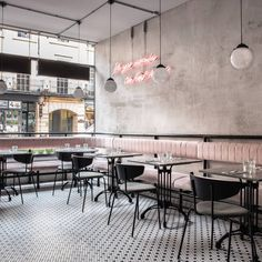 Biasol focuses on simple and confident details at Greenwich Grind restaurant in London - Archlovin' Best Coffee In London, London Coffee Shop, London Cafe, Best Coffee Shop, Coffee Shops, Restaurant Interior Design, Modern Restaurant, Shop Interior Design, Cafe Design