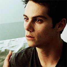 Stiles Teen Wolf episode 3x20 Dylan is such an amazing actor its crazy + he was awesome in TMR