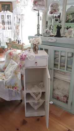 Vintage chippy painted white cabinet  drawer  door shelves shabby chic cottage prairie