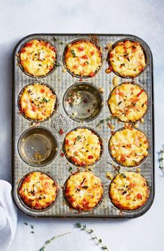 A Savory Cauliflower muffin made with cauliflower almond flour cream and cheese. A Savory Cauliflower muffin made with cauliflower almond flour cream and cheese. Cauliflower Muffins, Cauliflower Cheese, Savory Snacks, Healthy Snacks, Vegetable Recipes, Vegetarian Recipes, Veggie Food, Baby Food Recipes, Cooking Recipes