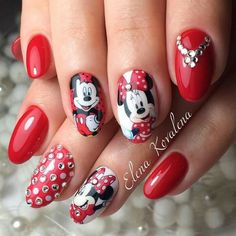 Mickey&Mini Mouse Nail Art is Sooo ADORABLE!!!