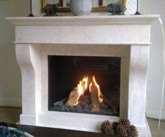 Dronten - Zowel de Kal-Fire Fairo 75 als de natuurstenen schouw zijn geplaatst door Kachelplaats in #Dronten. De schouw is voorzien van de kleur Mokka Creme, maar is ook leverbaar in 35 andere steensoorten. Voor ieder wat wils. De Kal-Fire Fairo 75 heeft als groot voordeel de uitstraling van een echte open haard, daarnaast is de gashaard voorzien van een realistisch vlammenbeeld en natuurgetrouwe houtset. #Fireplace #Fireplaces