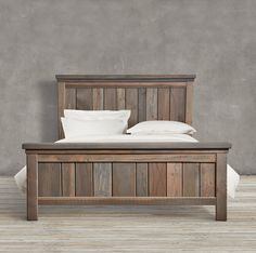 ideas wood bed ideas stains for 2019 Wood Furniture Living Room, Diy Furniture Plans, Pallet Furniture, Reclaimed Furniture, Salvaged Wood, Diy King Bed Frame, King Size Bed Frame, Rustic Bedding, Wood Beds