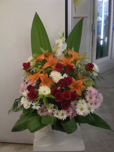 http://www.unny.com beautiful flowers arrangement