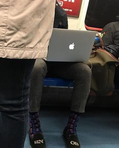 #Repost @theladbible  He refused to give up the seat next to him because he didn't want to get his bags dirty. Then I read his slippers...#snob #stubbsandwootton