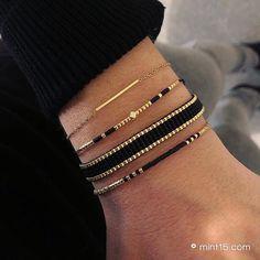Seed Bead Jewelry, Bead Jewellery, Beaded Jewelry, Beaded Bracelets, Handmade Bracelets, Handmade Jewelry, Jewelry Accessories, Jewelry Design, Loom Bracelet Patterns