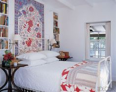 In a guest bedroom of interior designer Tom Scheerer's vacation home in the Bahamas, the candlewick bedspread is from Chelsea Textiles and the Indian wall hanging was purchased in Jaipur. Summer and airy - beautiful. Home Bedroom, Bedroom Decor, Bedroom Ideas, Interior Exterior, Interior Design, Bedroom Design Inspiration, Guest Bedrooms, Guest Room, White Bedrooms