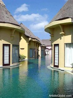 Amazing Pool Resorts – Bali, Indonesia