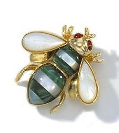 Gold Bee Pin and Pendant w Malachite & Mother of Pearl or Black Onyx Bee Jewelry, Insect Jewelry, I Love Bees, Beautiful Bugs, Bee Brooch, Bee Art, Bees Knees, Champagne Diamond, Queen Bees