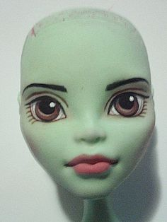How to paint a doll face the Method! So a lot of people have been angling for a tutorial from me and how I paint my dolls. However I don't really feel confident in my technique so I recommend. Doll Repaint Tutorial, Doll Tutorial, Custom Monster High Dolls, Monster High Repaint, Ooak Dolls, Art Dolls, Tree Change Dolls, Mime Face Paint, Doll Making Tutorials