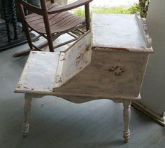 Check out this item in my Etsy shop https://www.etsy.com/listing/248186464/vintage-end-table-painted-with-sweet
