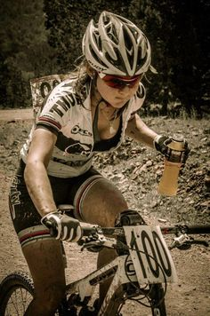 Some gals don't mind gettin dirty...I like it! #mtb #mountainbike
