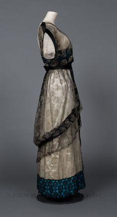 Waisted Efforts - Titanic Era Dress Inspiration - Blue Dots